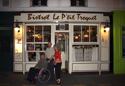 First night dinner at Bistro Le P'tit Troquet, the same place where Teddie and I ate on our first night in Paris in 1998.