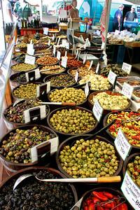 Olives, Viktualienmarkt.