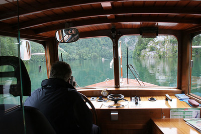 The driver narrates as you tour this very fjord-like lake.