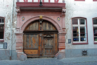 Door of the old city hall, now the tourist info bureau.