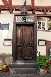 Front door, Atles Haus.