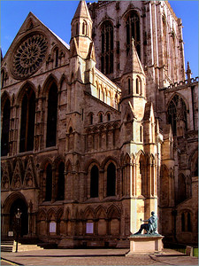 Yorkminster Cathedral, with Emperor Constantine's statue in bronze.