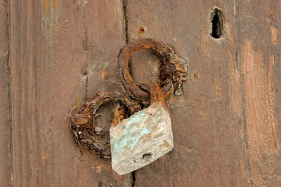 Another Naxos door lock.