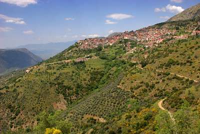 Arachova is a village on the slopes of Mt. Parnassos.  Delphi looks quite similar.