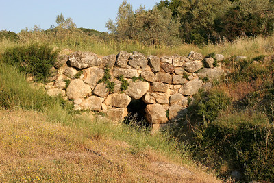 Mycenaen civilization was from 1600-1100 BC.  This is a Mycenaen bridge surviving from that era.