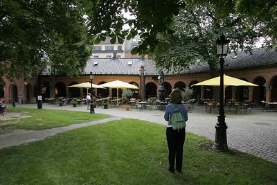 A restaurant hidden behind the Domkirke.
