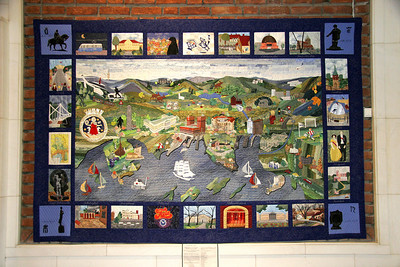 A celebration quilt of Oslo handing in the Rådhuset.