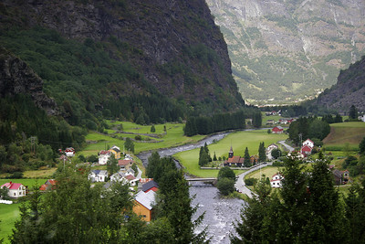 Near the bottom of Flam Valley, with Flam just around the corner.