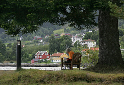 On the point of land by the Kviknes Hotel, Balestrand.