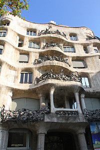 We were the first people let into Casa Milà that morning, which was good as it greatly reduced the number of people in the photos I would take.