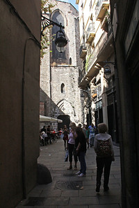 Walking the streets of the Barri Gotic.