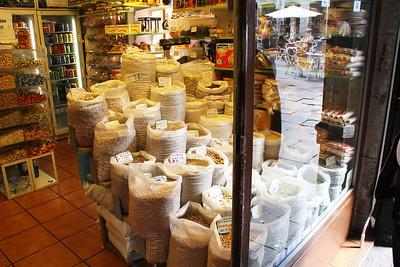 A shop along the Calles de Postas street.