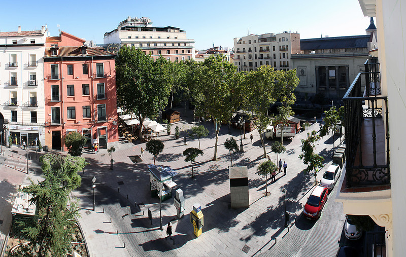 The view from our room out over Plaza Carmen.