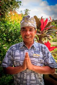 Wis Nawa, Bali Local Guide