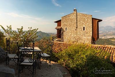 Petrelë Castle