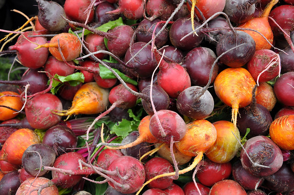 Now let's hear it for the radishes in assorted colors...