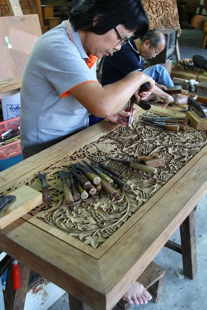 Wood carving fascinates me as do the carvers themselves.  They literally become part of their work