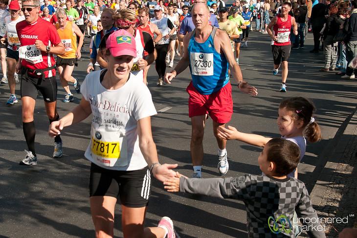 Berlin Marathon - Young Fans