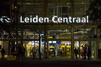 Leiden train station