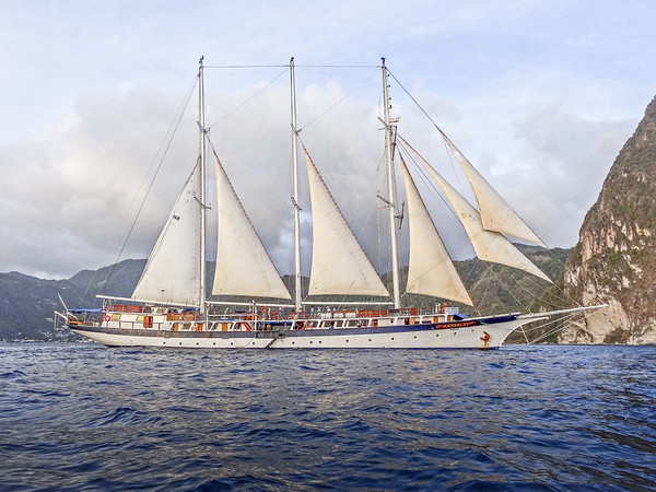 Mandalay ship