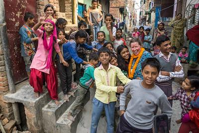 Neighborhood Children, Adults and H4H volunteer