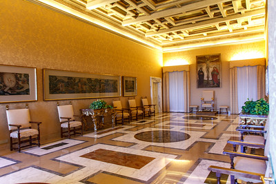 One of a number of meeting spaces within the third floor apartment of the Pope