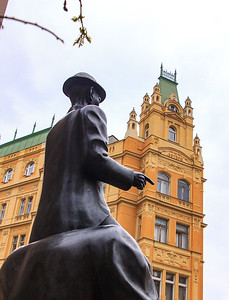 View of the Kafka statue from the rear