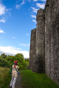 Wendy shoot exterior photos of Doune Castle