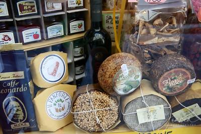 Travel;  Italy;  Tuscany;  Volterra
