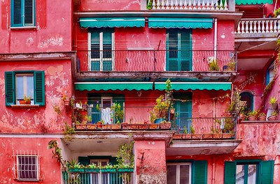 Pink House in Italy
