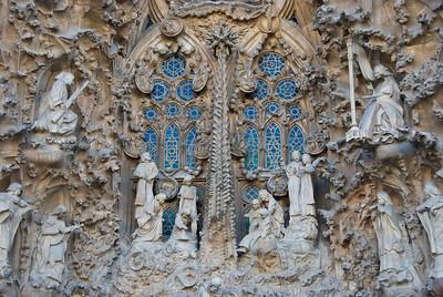 Sagrada Família, Nativity façade -- close-up of the nativity scene. (Dec 12, 2007, 02:56pm)