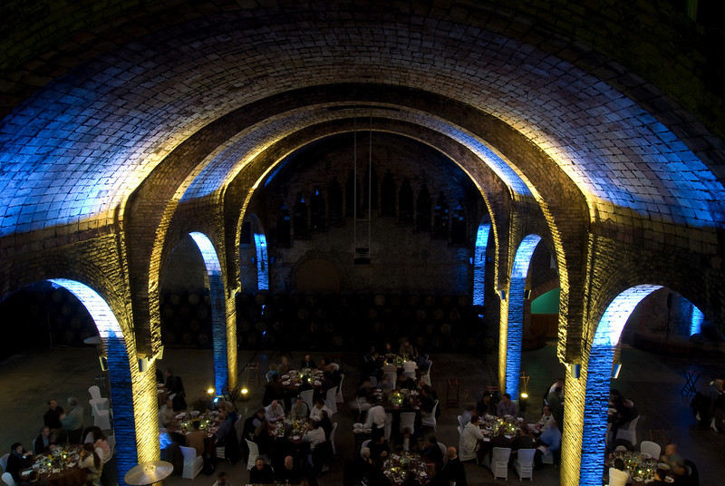 Arches over the main room at the Codorníu Winery. (Dec 13, 2007, 08:13pm)