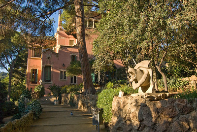 Gaudi's house in Park Güell. (Dec 14, 2007, 10:02am)