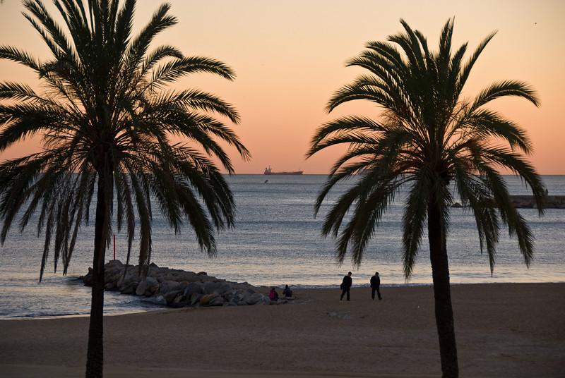 Beach outside Hotel Arts in Barcelona. (Dec 11, 2007, 05:18pm)