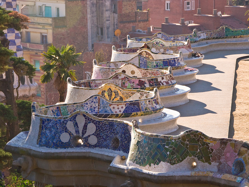 View of the central seating area in Park Güell. (Dec 14, 2007, 10:50am)