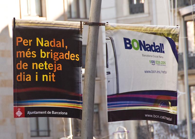 Street signs in Barcelona. (Dec 14, 2007, 11:31am)