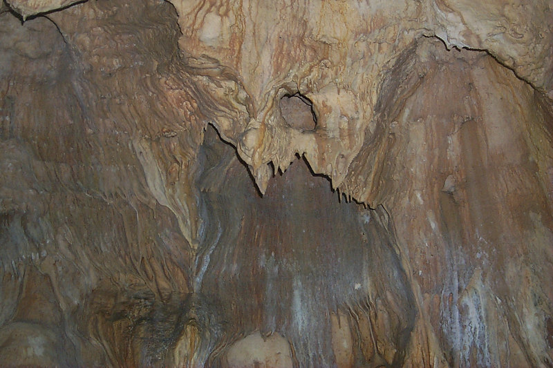 <b>More Cave Ceilings</b>   (Apr 16, 2000, 01:52pm)