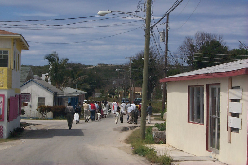 <b>Palm Sunday Parade Heads for Church</b>   (Apr 16, 2000, 03:16pm)