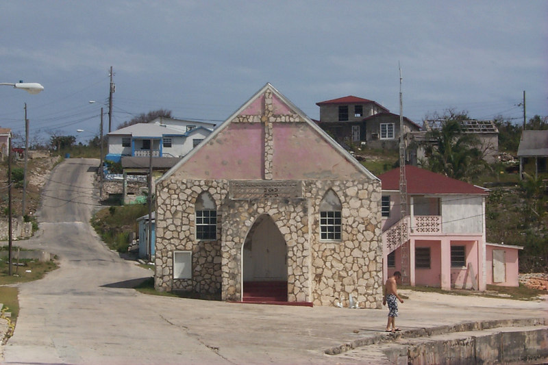<b>Old Church on Gregory Town Waterfront</b>   (Apr 16, 2000, 03:14pm)