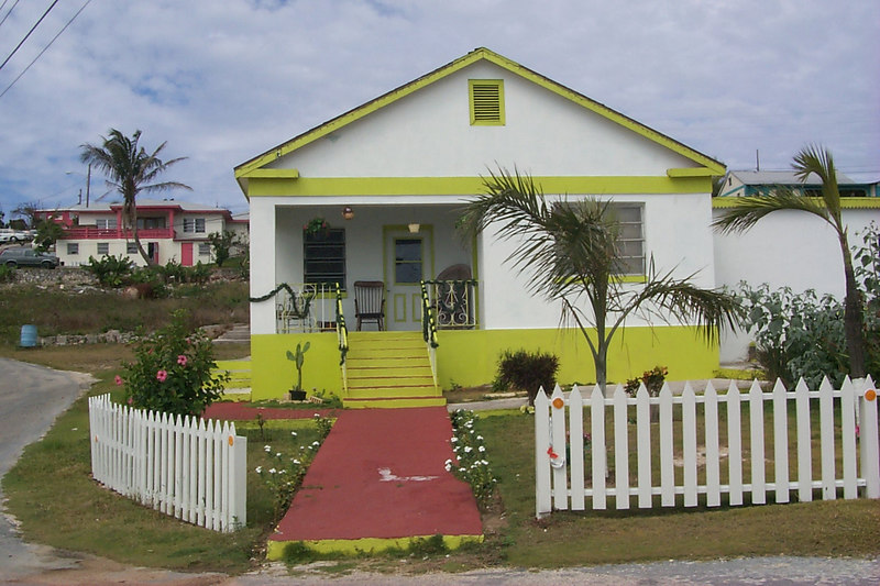 <b>House in Gregory Town</b>   (Apr 16, 2000, 03:27pm)