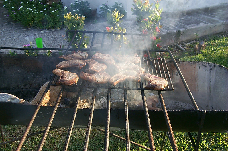 <b>Chops Are Almost Done</b>   (Apr 17, 2000, 06:48pm)
