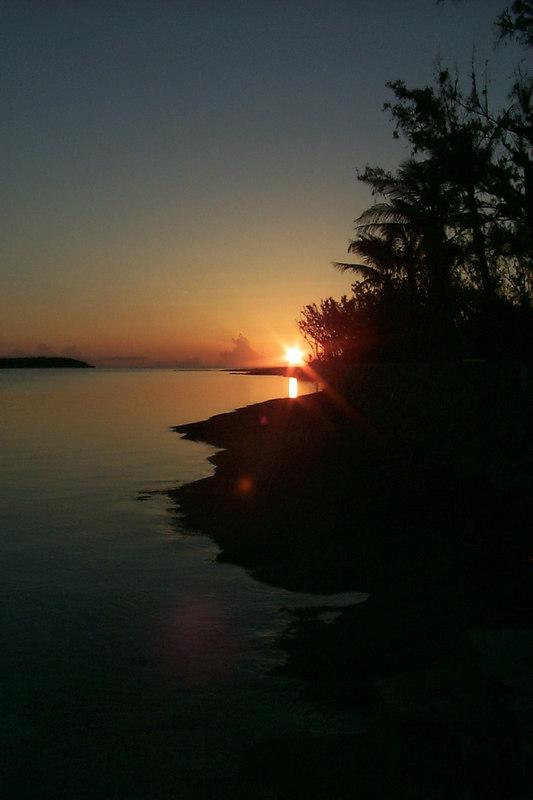 <b>Sunset</b>   (Apr 17, 2000, 07:25pm)