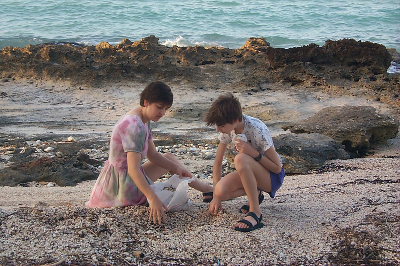 <b>Daphne and Beth Gather Shells for Necklaces</b>   (Apr 18, 2000, 07:13am)