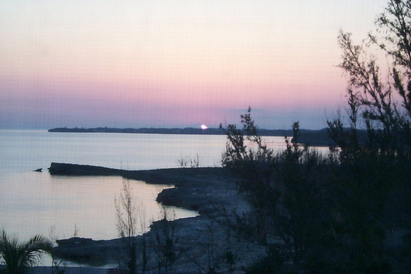 <b>Sunset</b>   (Apr 19, 2000, 07:30pm)