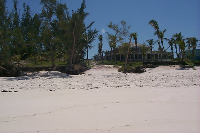 What is Left of Club Med After Hurricane   (Apr 19, 2000, 02:35pm)