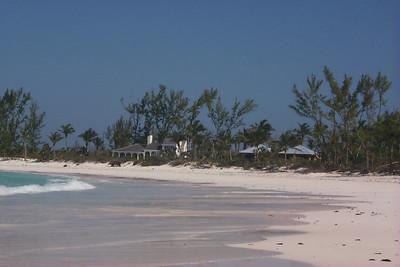 Houses on Club Med Beach   (Apr 19, 2000, 04:00pm)
