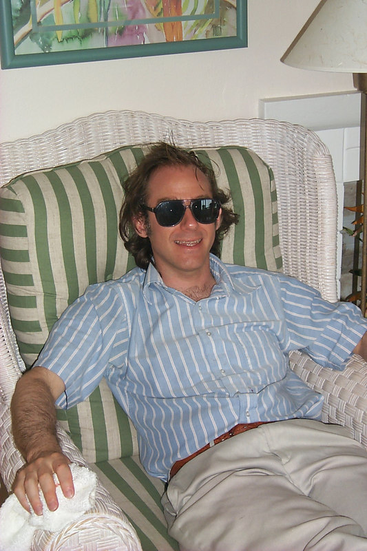 <b>Scott Relaxes on Last Morning</b>   (Apr 21, 2000, 10:25am)