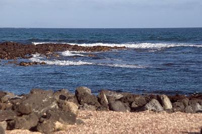 Surf crashing at eastern end of Tortuga Bay   (Dec 09, 2005, 04:39pm)