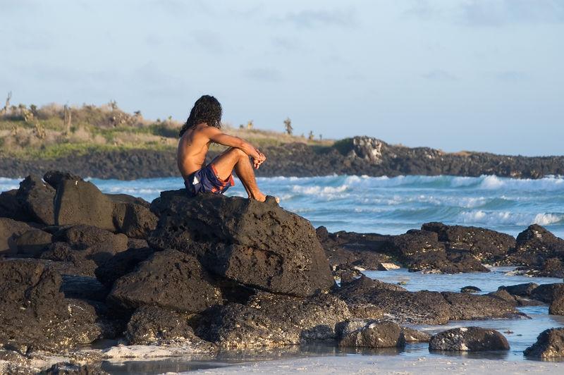 <b>Hunk on the beach</b>   (Dec 09, 2005, 05:28pm)