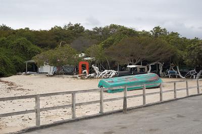 Beach bar at Puerto Vallamil   (Dec 10, 2005, 11:35am)